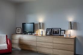 rangement de chambre rangement bas chambre maison design wiblia com