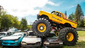 100 Biggest Monster Truck Showtime Monster Truck Michigan Man Recreates One Of The Coolest
