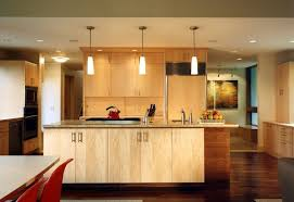 Maple cabinets – a good choice for elegant and modern kitchen cabinets
