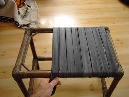 la chambre a air rempailler une chaise avec des vielles chambres à air