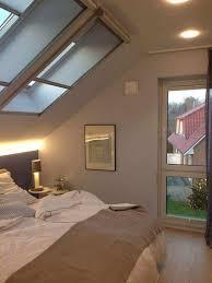 19 modernes beleuchtungsschlafzimmer schräge decken