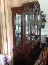 Henredon Breakfront China Cabinet by Bernhardt Country French Provincial 60 U2033 Lighted China Cabinet 638