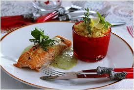 pavé de saumon sauce au pesto de basilic et risotto de pâtes