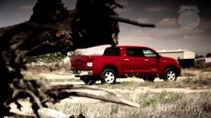 2012 Toyota Tundra Review - Kelley Blue Book - YouTube