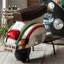 retro barhocker in bunt motorroller style