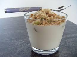 recette dessert avec yaourt yaourt croquant au kiwi avec gourmandise