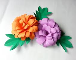 Easy Paper Craft Free Tutorial With Pictures On How To Make A Flowers