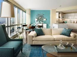 wandgestaltung mit farbe blau und schattierungen blau