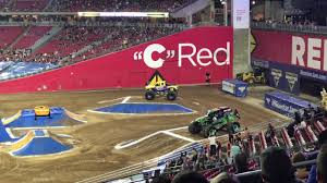 99 Monster Trucks In Phoenix Grave Digger Vs Obsession Round 1 Glendale AZ 2017 YouTube