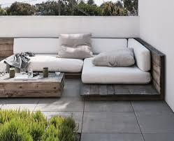 fabriquer canapé d angle en palette idées de meubles en palettes diy 25 projets formidables la