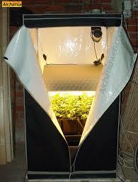 chambre de culture cannabis complete culture de cannabis avec les engrais metrop du growshop