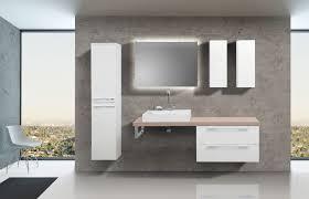 badezimmermöbel set mit design waschbecken lichtspiegel und hochschrank