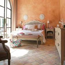 Master Bedroom Travertine Floor Tiles With Color Washed Walls