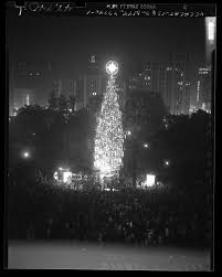 Tree Lighting Ceremony For 105 Foot Christmas In Pershing Square Los Angeles