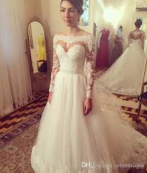 Luxury 2017 Long Sleeves A Line Wedding Dresses Boat Neck Appliques