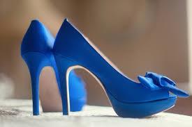 جمال اللون الأزرق في الأحذية images?q=tbn:ANd9GcT