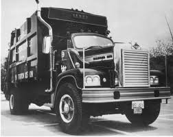 Camion à Rebus Diamond Reo Sanitation Truck | Camion Diamond… | Flickr 1947 Ad Reo Motors Lansing Mi 1948 Model 3031 Truck Transportation Diamond Reo Trucks Garage Art Australia 1936 Ad01 Otto Mobile Pinterest Ads Tractor And Cars Rm Sothebys 1926 G Speed Wagon Delivery Hershey Curbside Classic 1952 F22 I Can Dig It Home Of Wikiwand Giant T Reos 1963 Truck Youtube Wrecker M35 6x6 Us Military Sound