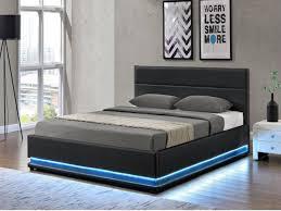 lit de chambre chambre avec lit noir gallery of chambre a coucher avec lit rond
