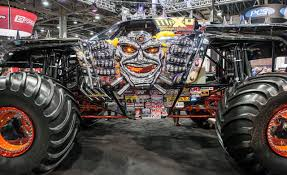 100 Max D Monster Truck Wallpapers Smaximum Photo Ssnibag 1280x782