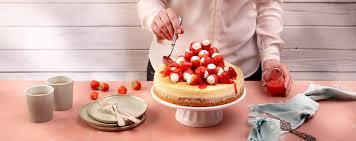 erdbeer rhabarber trifle