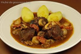 cuisiner le boeuf le boeuf bourguignon d après yves camdeborde péché de gourmandise