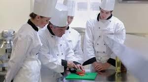 apprenti cuisine école de cuisine stock école de cuisine stock footage
