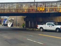 100 Truck Hits Overpass Semi Truck Hits Train Overpass At 8th Ave South And Gleaves Street