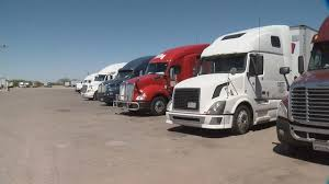 Hurricane Truckers Roll Through Tucson's Triple-T