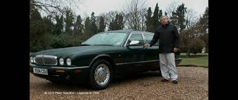 Her Majesty The Queens 2001 Jaguar Daimler Majestic V8 LWB