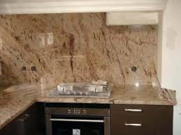 plaque granit cuisine plaque de marbre pour cuisine le plan cuisson en granit shiva