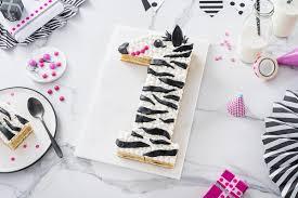 zebra kuchen zum 1 geburtstag lettercake rezept anleitung