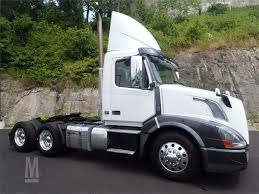 2013 VOLVO VNL64T300 For Sale In North Bergen, New Jersey ...