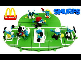 McDONALDS SMURFS HAPPY MEAL TOYS 2017 VS 2006 WORLD CUP SOCCER FOOTBALL COMPLETE SET 8 COLLECTION