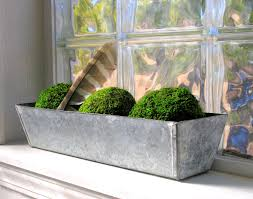 Outdoor Metal Planter Boxes for Highlighting the Landscape