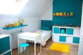 d馗o chambre bleu canard décoration chambre enfant bleu et jaune