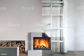 installation der holzofen im wohnzimmer einfü stockfoto und mehr bilder ausrüstung und geräte