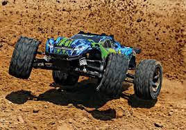 100 Traxxas Stadium Truck Rustler 4X4 VXL RC