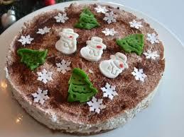 frischkäse torte mit kirschen und zimt