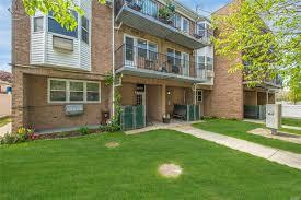 100 Ozone House 9508 150th Rd 2 Park NY 11417 3 Bed 2 Bath Condo