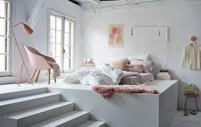 chambre blanche et une chambre hygge