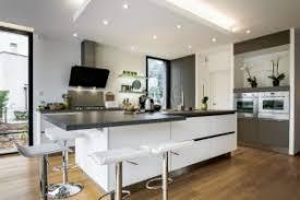 parquet de cuisine le parquet nouvelle tendance pour vos cuisines meubles finel
