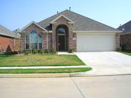 Brand New 2005 Single Story Pulte Home Kenwood II Model In The Community Of Vista Meadows 3 Bedrooms 2 Bathrooms Car Garage 2000 Square Feet