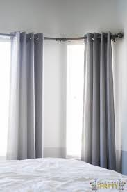 Suction Cup Curtain Rod Holder by Best 25 Corner Rod Ideas On Pinterest Corner Curtain Rod