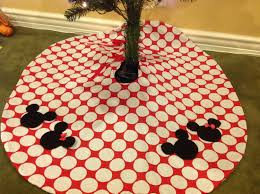 Mickey And Minnie Bathroom Accessories by Boutique Minnie Mickey Mouse Christmas Tree Skirt Red Disney