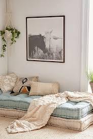 coussin pour canapé rohini coussin pour canapé lit outfitters