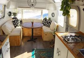 Vintage RV Camper Makeover And Remodel Ideas 10