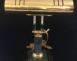 le de bureau ancienne en laiton le de bureau ancienne en laiton unique le en marbre kanae
