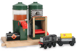 Tidmouth Sheds Deluxe Set by Tidmouth Sheds Deluxe Set Thomas The Tank Engine Wooden Railway