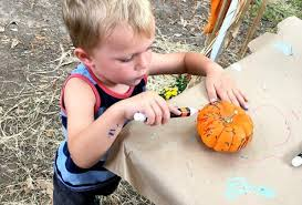 Pumpkin Patch Pasadena Tx by Halloween Fun At The Houston Zoo Boo Mommypoppins Things To Do