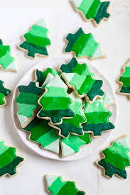 These Christmas Tree Cookies Are Decorated With 4 Colors Of Royal Icing To Create An Ombre